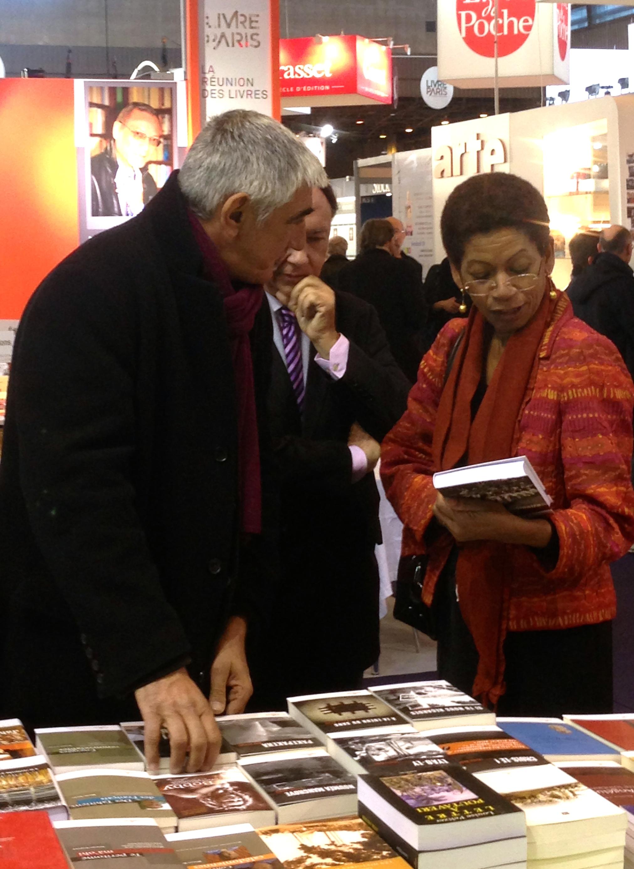 Bruno Saura et Mme la Ministre