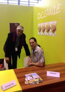 Teheiura Teahui et son éditeur