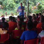Patrick Chastel présente ses ouvrages aux scolaires